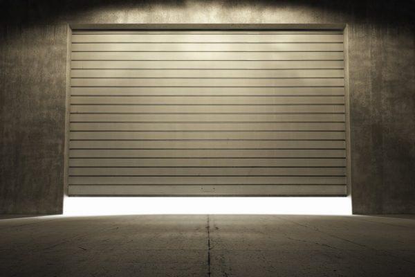 Dostępne napędy do bram – jaki wybrać?