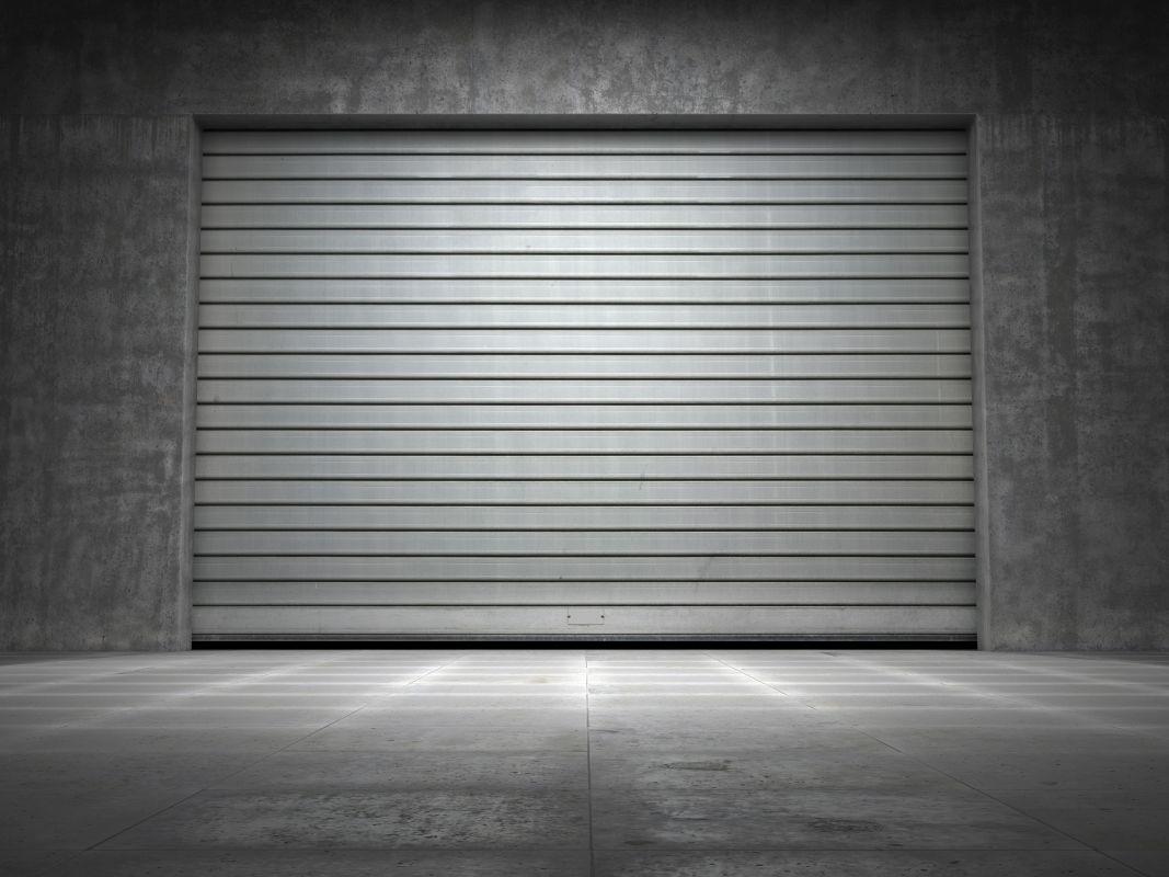 Brama garażowa metalowa przemysłowa